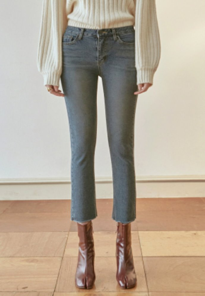 Nicknnicole닉앤니콜 SLIM STRAIGHT CUTTING CROP JEAN_DENIM