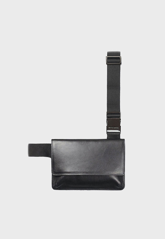 MIM THE WARDROBE밈더워드로브 Minimal Leather Holster Bag