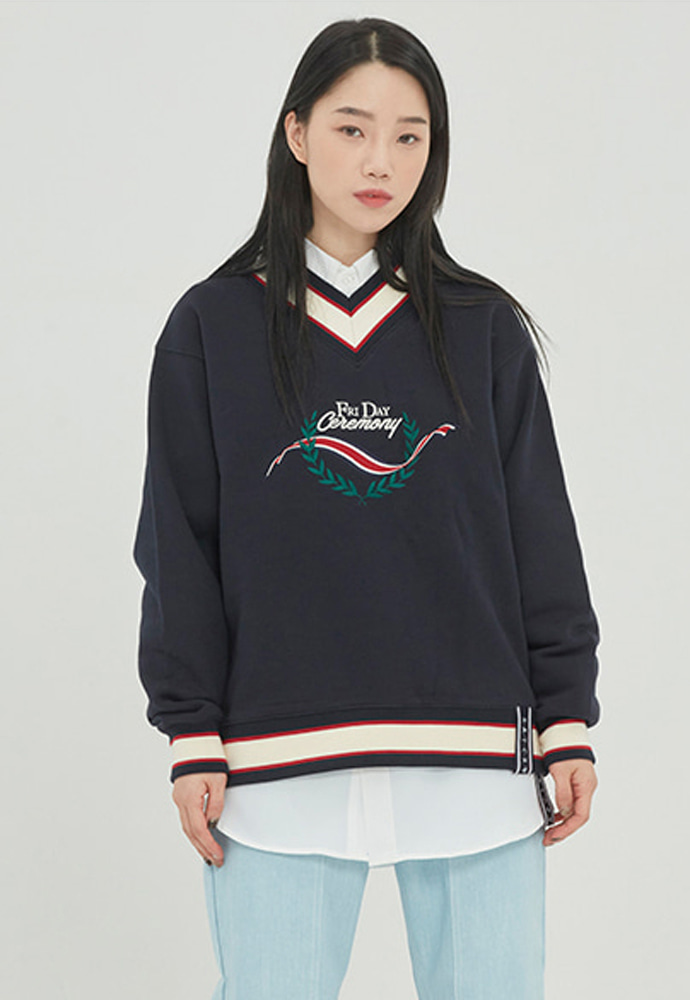Romantic Crown로맨틱크라운 FRIDAY V NECK CREW NECK_NAVY