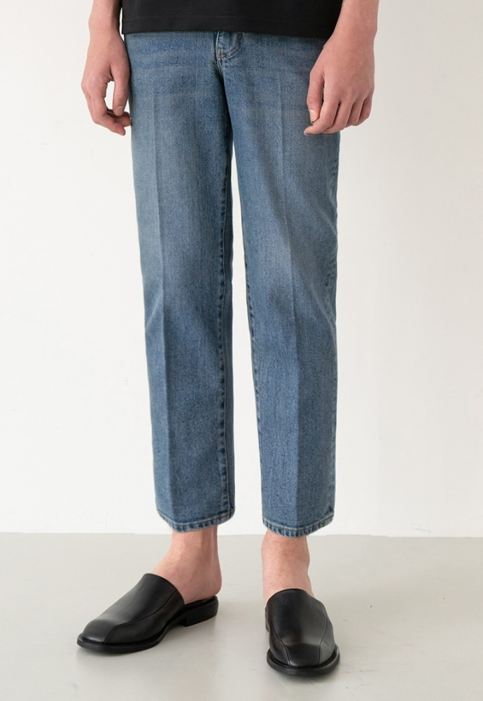 Garment lable가먼트레이블 GL Tapered Crop Jeans - Dark Blue / Tapered