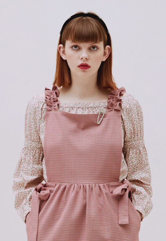 Margarin Fingers마가린핑거스 OFF SHOULDER PUFF TOP PINK FLORAL