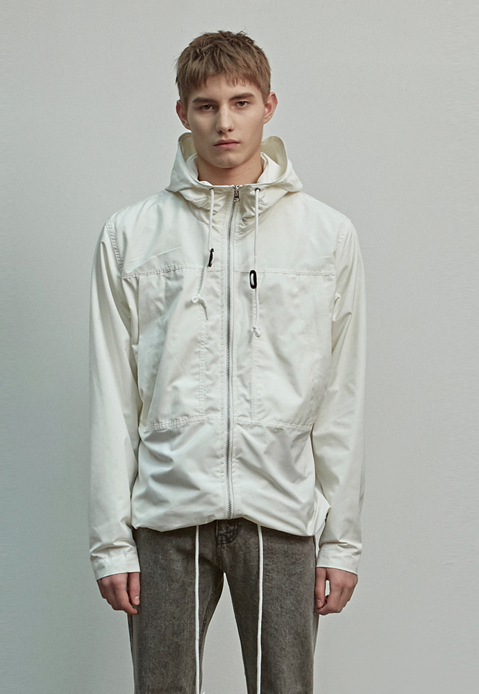 A.GLOWW에이글로우 HOOD WINDBREAKER JACKET_IVORY