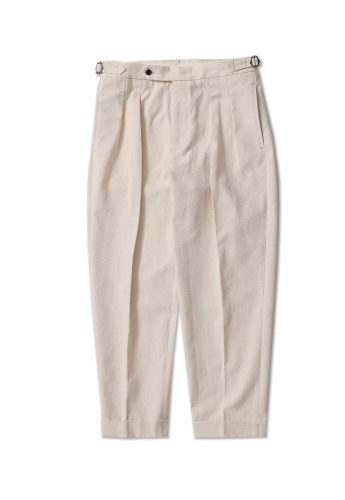 PERENN퍼렌 2pleats cropped trousers_off white