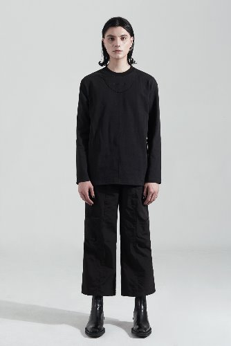 Bienkimiiye비안키미이예 Over cutting Long Sleeve (BLACK)