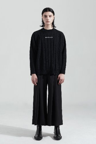 Bienkimiiye비안키미이예 All over signiture knit (BLACK)