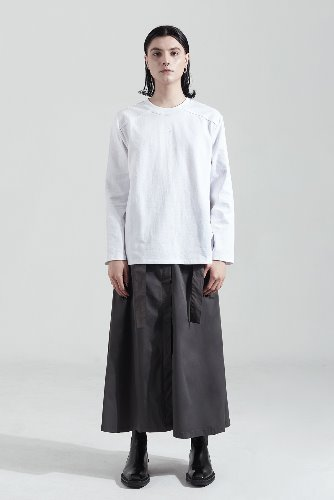 Bienkimiiye비안키미이예 Exterior Binding Long Sleeve (WHITE)