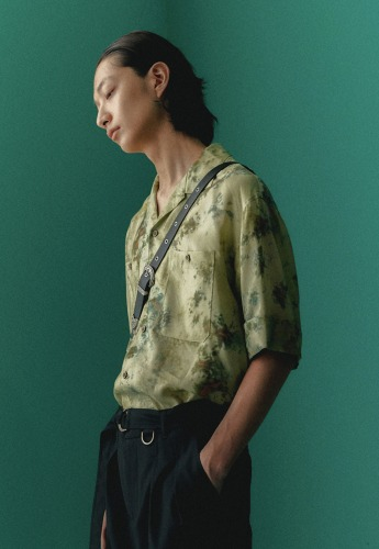 Anderssonbell앤더슨벨 UNISEX FOREST WHISPER OPEN COLLAR SHIRT atb341u(GREEN)