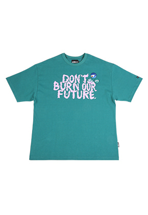 AJO BY AJO아조바이아조 Slogan T-shirt [Teal]