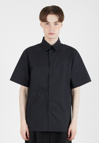 ADDOFF애드오프 Square Collar Short Sleeve Shirt - Black