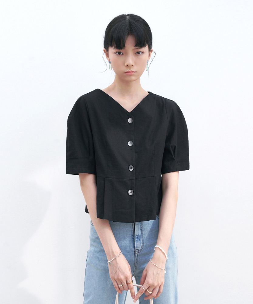 L'OEIL로에일 V-NECK PINTUCK BLOUSE_BLACK
