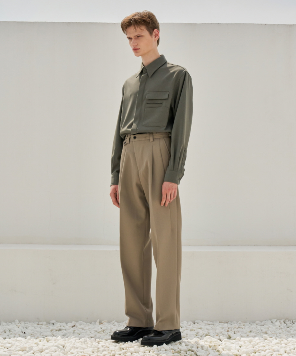 STU에스티유 One Tuck Loosefit Slacks Beige (Diagonal Line) (9월 18일 순차 발송)