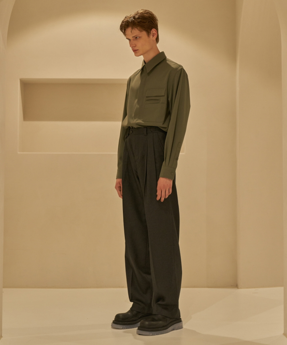 STU에스티유 Two Tuck Loosefit Slacks Dark Grey (9월 18일 순차 발송)