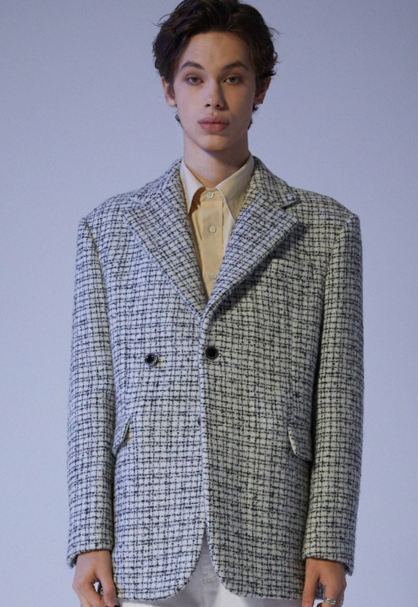 ADDOFF애드오프 Oversized Lucent Tweed Blazer - Ivory
