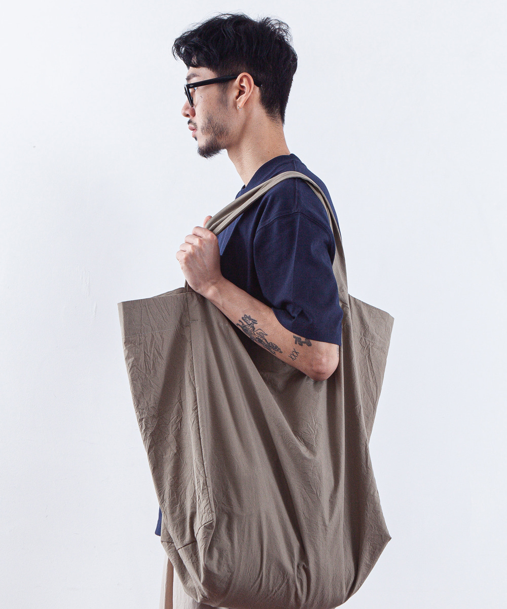 OURSELVES아워셀브스 EASY BUNDLE BAG (dusty khaki)